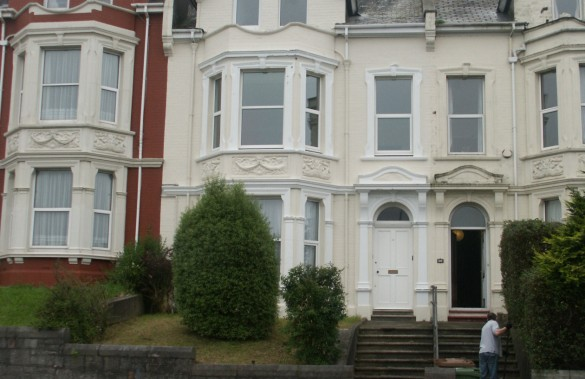 ALMA ROAD, PENNYCOMEQUICK, PLYMOUTH, DEVON, PL3 4HD